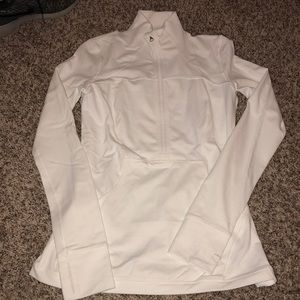 Luluemon White half zip